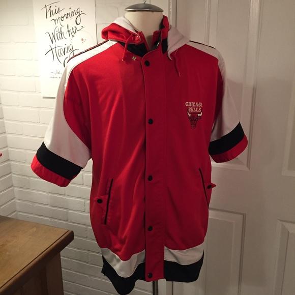 ce1cf02f434 Vintage Chicago Bulls NBA Warm Up Shooting Jacket